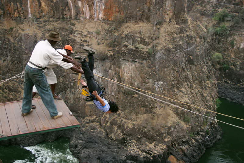 Zimbabwe_Victoria-Falls_001
