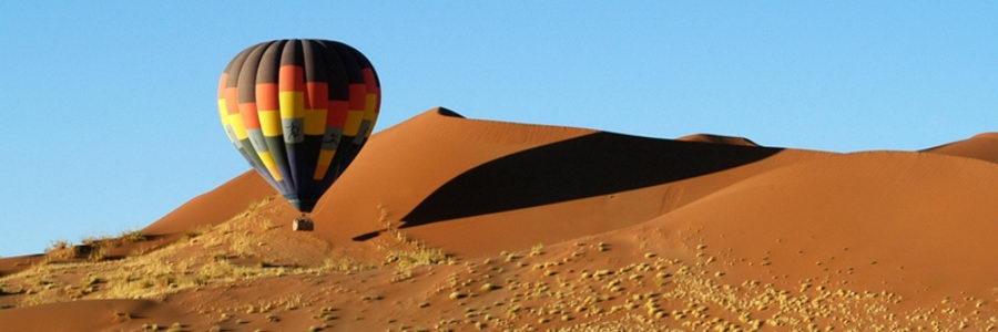 Survol du désert du Namib en montgolfière